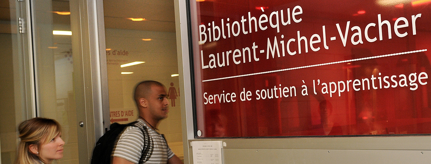 BIBLIOTHEQUE CARROUSSEL 3